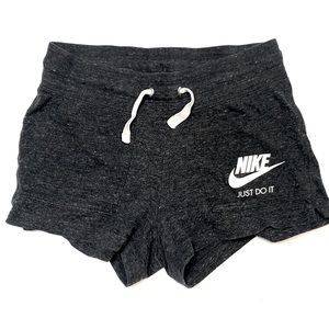 Nike - Shorts - Cotton Shorts - XS